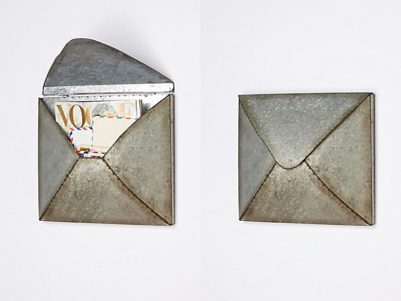 welded-letter-holder